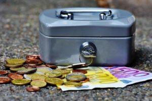 Haushaltshilfe Finden Privat Oder über Reinigungsfirma